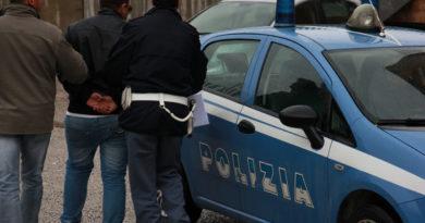 polizia arresto il corriere della provincia