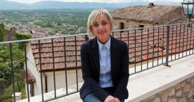 Sara Simone Arce Candidato Candidata Sindaco Ciociaria Frosinone Arce Futura