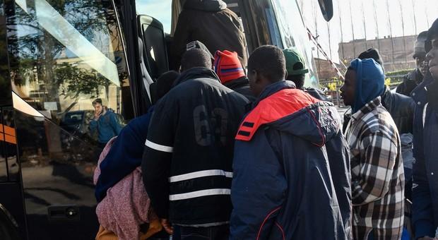 migranti filettino il corriere della provincia
