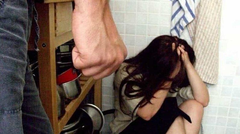 violenza moglie donna il corriere della provincia