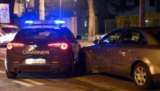 carabinieri auto inseguimento il corriere della provincia
