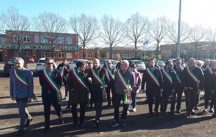 sindaci protesta discarica il corriere della provincia