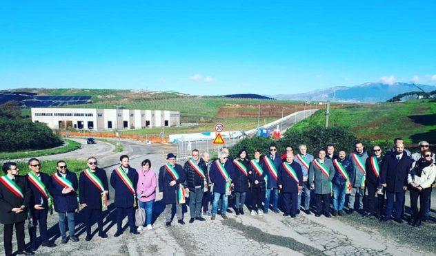 sindaci discarica protesta il corriere della provincia