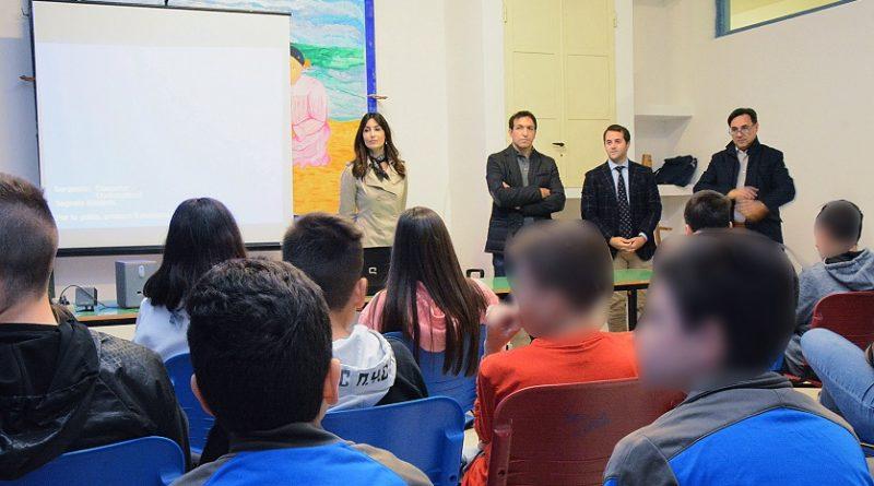 usura scuola pofi il corriere della provincia
