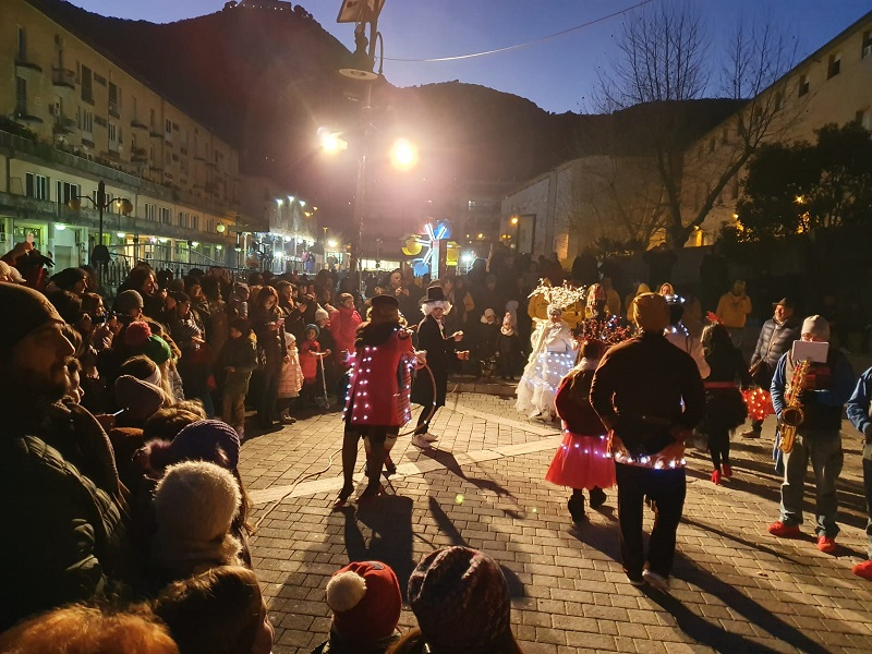si è tenuto per la prima volta il giorno dell'Epifania a Cassino ha avuto migliaia di spettatori, tra cui molti bambini e famiglie