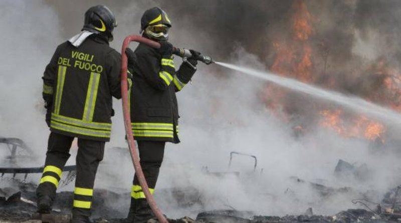 vigili fuoco il corriere della provincia