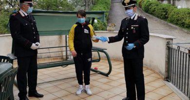 mascherine consegna carabinieri il corriere della provincia