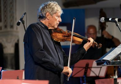 Provincia: un premio al violinista Uto Ughi