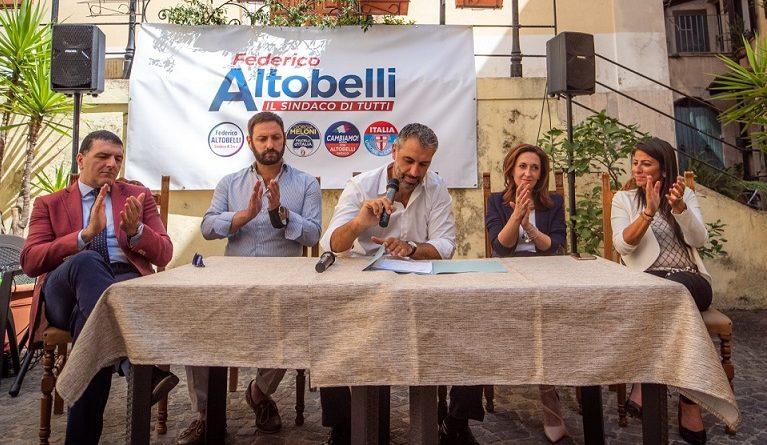 Contucci, Di Pede, Altobelli, Gigli, Mastroianni
