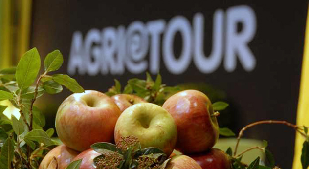 AGRI@TOUR - Salone Nazionale dell'Agriturismo e dell'Agricoltura Multifunzionale Frosinone Ciociaria Alvito Arezzo Regione Lazio Arsial cucina cultura culinaria enogastronomia evento agriturismi agrichef