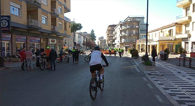 domenica ecologica blocco del traffico ambiente attualità Frosinone Ciociaria 25 novembre