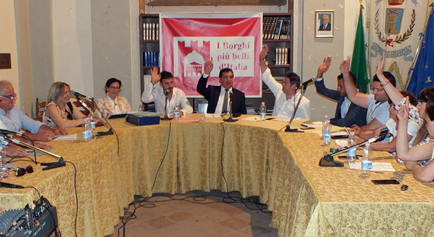 attualità Boville Ernica Frosinone Ciociaria palazzo Asl servizi sanitari centro storico Enzo Perciballi Consiglio comunale