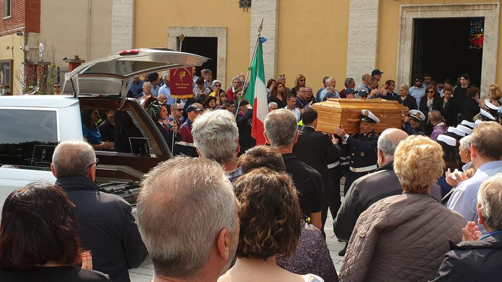 polizia locale municipale vigili inspettore superiore giuseppe diana peppe funerale morte frosinone ciociaria