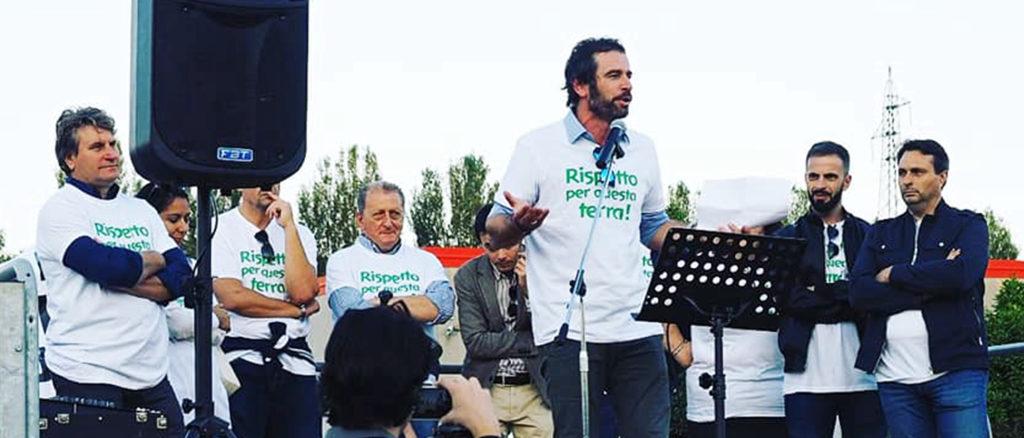 Il sindaco di Patrica Lucio Fiordalisio in una delle recenti manifestazioni a difesa dell'ambiente