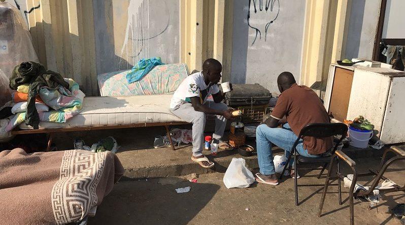 migranti cassino truffa finanza polizia frosinone ciociaria