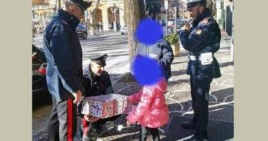 fiuggi carabinieri bambina regalo natale