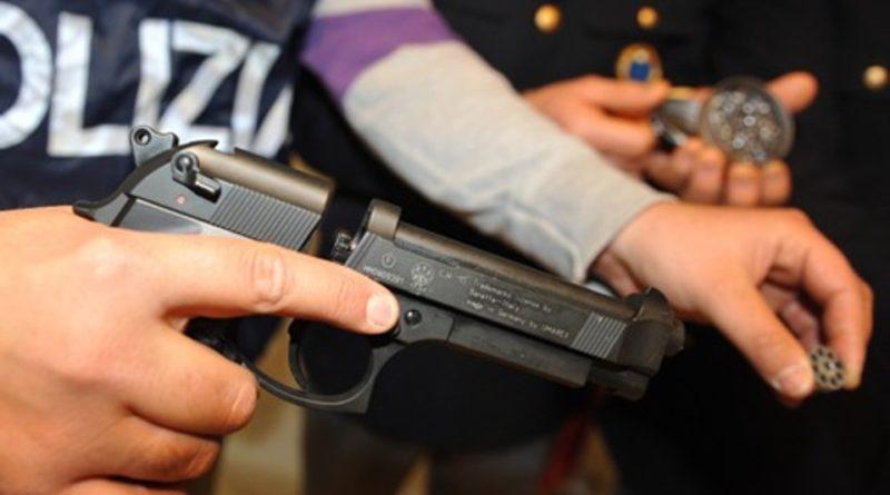 polizia pistola