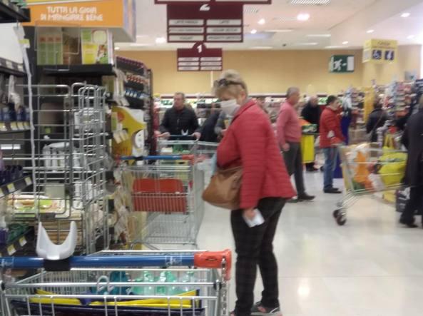 Pasqua e pasquetta alimentari chiusi. L'appello di Confcommercio, Fida e sindacati a Regione e associati