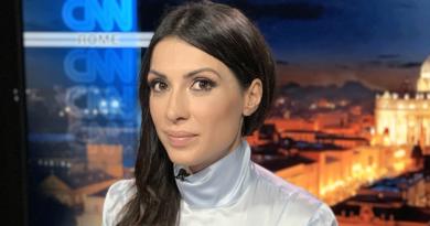 Valeria Altobelli, sorana doc, artista poliedrica