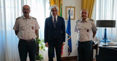 Provincia – Il presidente Pompeo incontra il nuovo comandante della Guardia di Finanza, Cosimo Tripoli e saluta l'uscente Gallozzi